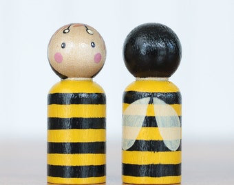 Bee Cake Topper, Bumblebee Peg Doll, Bee Ornament, Hand painted doll, Natural Toy, Wooden Doll, Party Favor, Waldorf Toy, Stocking Stuffer
