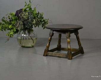 Traditional Style Coffee Table