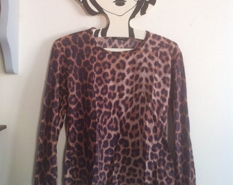 90s stretchy tshirt leopard panther cheetah animal print / small - medium