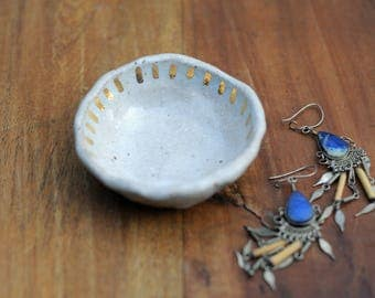 SUN SHIMMER - Jewellery Bowl - Stoneware Clay - Real Gold Lustre
