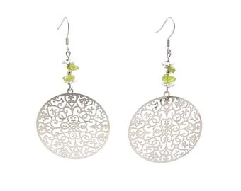 Dainty dangle earrings, peridot jewelry, green crystal earrings, fashion jewelry, silver earrings, handcraft jewelry, circle earrings, cyl