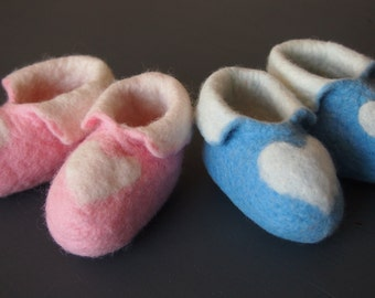 White Heart Baby Booties in Blue, Pink, Green and Yellow! Handmade for your baby by Joyce for Biddies & Biddies!
