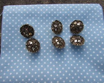Gold Antique Style Floral Metal Buttons