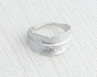 Matte Silver Feather Ring, Adjustable