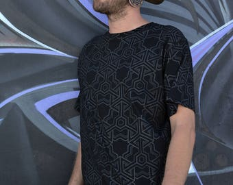 TSHIRT CUBIK all over geometric pattern limited edition print