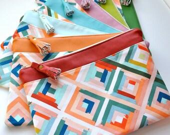 NEW zipper purse, clutch, pouch, make-up bag, cosmetic bag, vegan leather purse