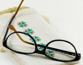 Accessoire lunettes, molletonné, doublure spéciale verre, cordon serrage, broderie manuelle, étui fait main, étui à coulisse, housse brodée