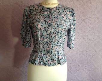 Laura Ashley Blouse in Pastel Pink and Periwinkle.  Collarless fitted ditsy floral top.  Size Small