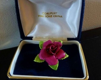 Coalport Bone China Rose Pin / Brooch. Original Box Dark Pink Hybrid Rose from 1960's. Excellent Condition in Original Box. Made in Engand.