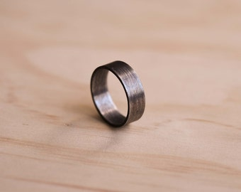 Oxidised Stainless Steel Ring with a Brushed Finish