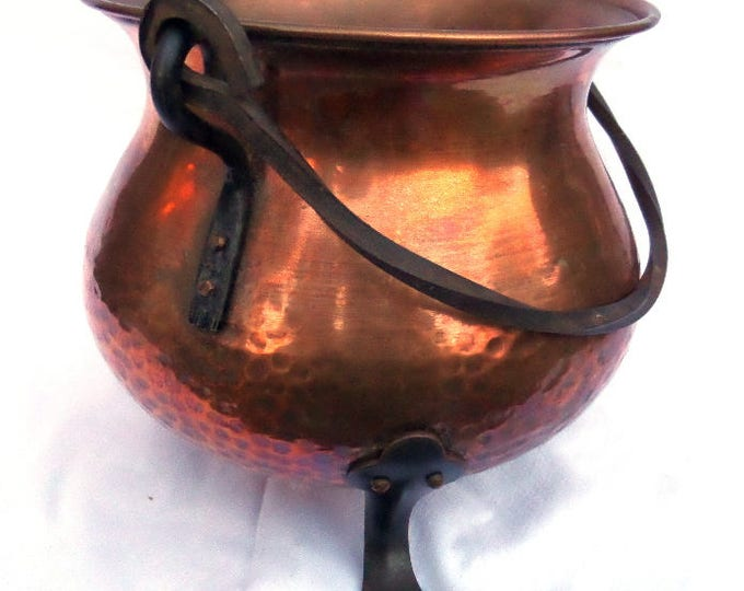"French Copper Pot, Hand Hammered, Wrought Iron Feet & Handle, Handmade Cauldron, Footed Planter, Cache Pot, Jardiniere, 7.75"" x 8.5"" x 9.75"""