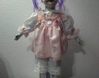 WOW! Possessed Clown Doll !!!