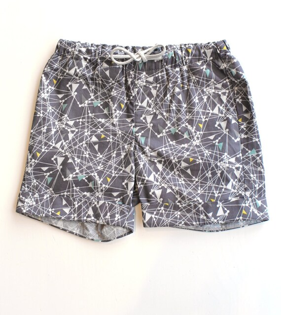 TRICYCLE - short for kids - grey with geometrics prints