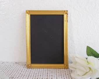 Vintage Ornate Gold Metal 5 x 7 Picture Frame Photo Rustic Shabby Chic Fall Wedding Decoration Mid Century Hollywood Regency Home Decor Gift
