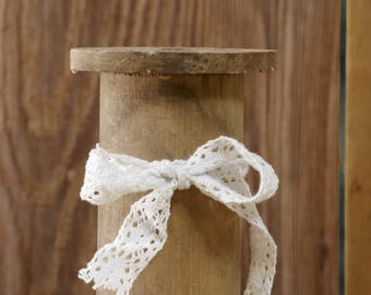 Large Wood Spool with Lace 5 Inch Pack of 3 Spools