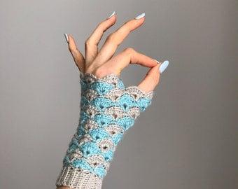 Shell We Dance? Fingerless Gloves crochet pattern