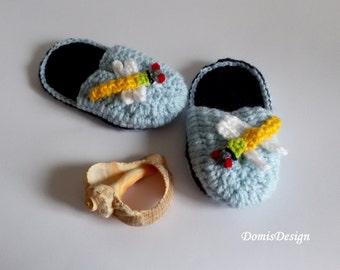Crochet slippers for little boys Slippers in blue with appliqué Slippers for kids Handmade slippers Merino wool
