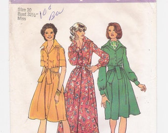 """Vintage Simplicity women's maxi-dress pattern #6560, """"Misses' Dress in Two Lengths"""", size 10, bust 32 1/2"""", from 1974."""