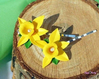 Set of two bobby pins Yellow orchid Hairpins tropical flower Hawaiian tropical barrettes Freshwater bobby pin Yellow flower Vanilla orchid