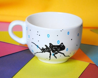 Big tea mug - insects / beetles - hand painted