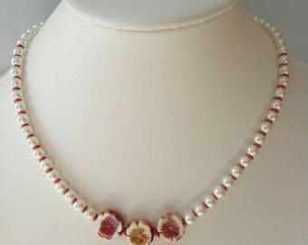 Hawaiian Multi Colored Flower White Pearl Necklace, Purple Brownish Yellow Red White Flower Bead, Faux White Pearl Hawaiian Flower Necklace