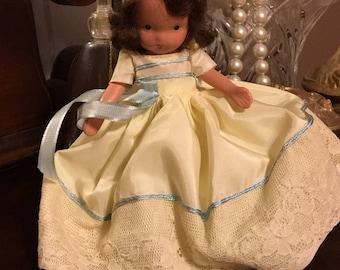 Princess Rosanie Nancy Ann Storybook Doll