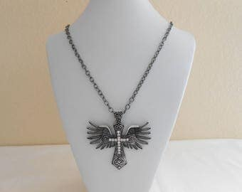 2873 Winged Celtic Cross