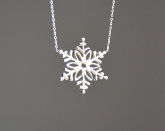 Snowflake necklace, silver snowflake, sterling silver necklace