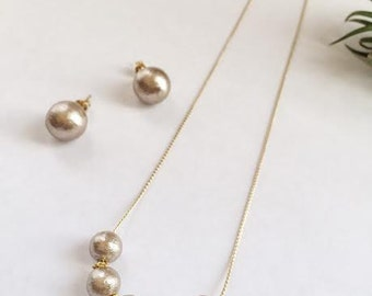 Cotton pearl necklace / wedding jewelry / bridal / gift