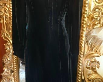 Vintage 1940's Black Velvet Full Length Robe/Coat with Beaded Collar