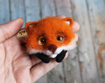 Brooch made of wool - felted brooch - Brooch fox  -felt brooch