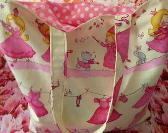 Fabric bag to turn