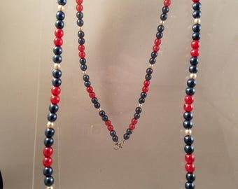 Simple and Casual Glass Pearl Beaded Necklace, Earring and Bracelet Set.  The colors are red, navy blue and white.