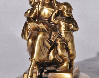 """Antique Bookend, """"Mother Reading To Children"""",   Jennings Brothers?"""