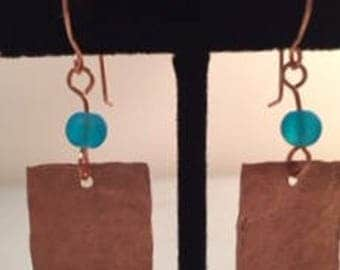 Hammered copper and bead earrings
