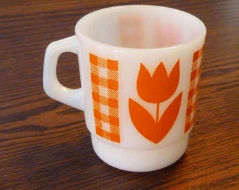 Vintage Termocrisa Mug - Milk Glass Tulip Cup - Retro Mug with Orange Tulip Design - Retro Drinkware
