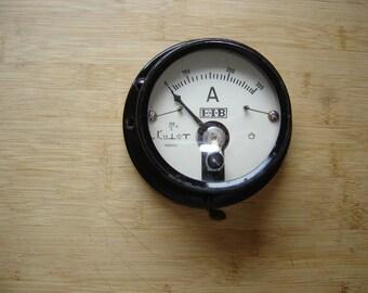 Ampèremètre ancien en métal. Marque E.I.B. France