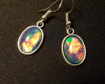 Earrings iridescent - blue iridescent cabochons - Mermaid - ocean - reflections