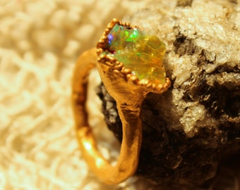 Beautiful Rough & Raw gold plated dazzling Opal ring