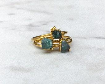 Emerald Ring, Stacking Ring, Raw Crystal Ring, May Birthstone Ring, Boho Ring, Gold Ring, Stone Ring, Gemstone Ring, Minimalist Ring