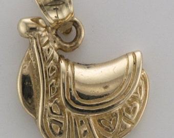 14k Saddle charm/pendant