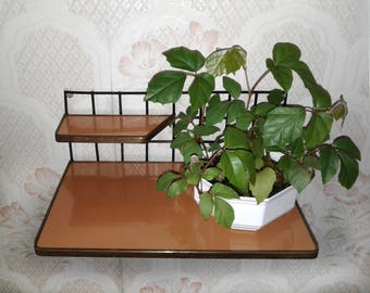 Mid century wall mount shelf Modern plant stand Metal wire Plastic Telephone Knick-knack Decorative furniture Room entryway Retro decor