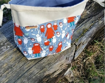 medium reversible drawstring project bag for knitting, crochet