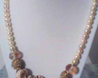Golden Pearl Necklace Set
