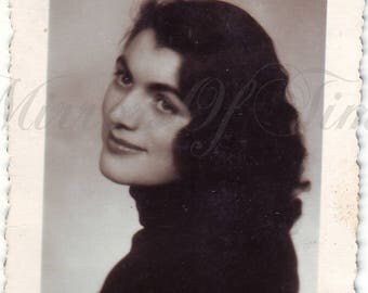 Vintage Photo - Young Woman Portrait - Dark-Hair Woman - Vintage Snapshot - Polish Photo - Woman fashion - 1950s photo - Beautiful girl