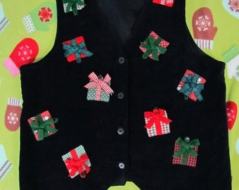Festive Vintage Black Velvet Christmas Vest with Colorful 3D Presents that OPEN! Christmas Party Vest, Holiday party Vest SIZE Small