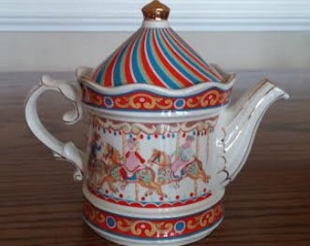 Vintage Porcelain Teapot - Wellington Edwardian - Horse Carousel - Made in England