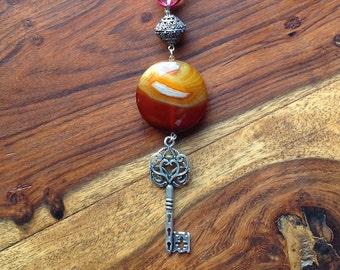 Agate & Key Long Necklace