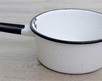 Black & White Enamelware 7 Inch Pot