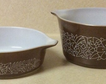 2 Vintage Pyrex Woodland Pattern 473-B 1 Liter & 471-B 1/2 Liter Brown White Casserole Dish Made in USA